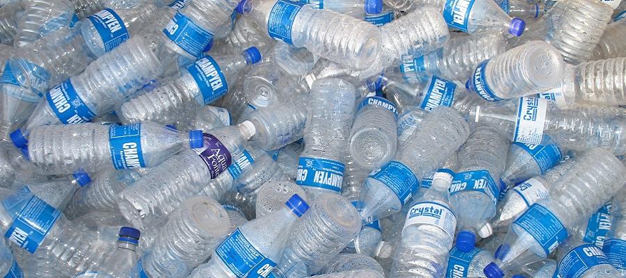خطر انقضای بطری آب معدنی را جدی بگیرید